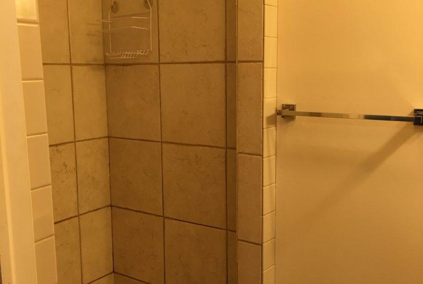 1st fl shower