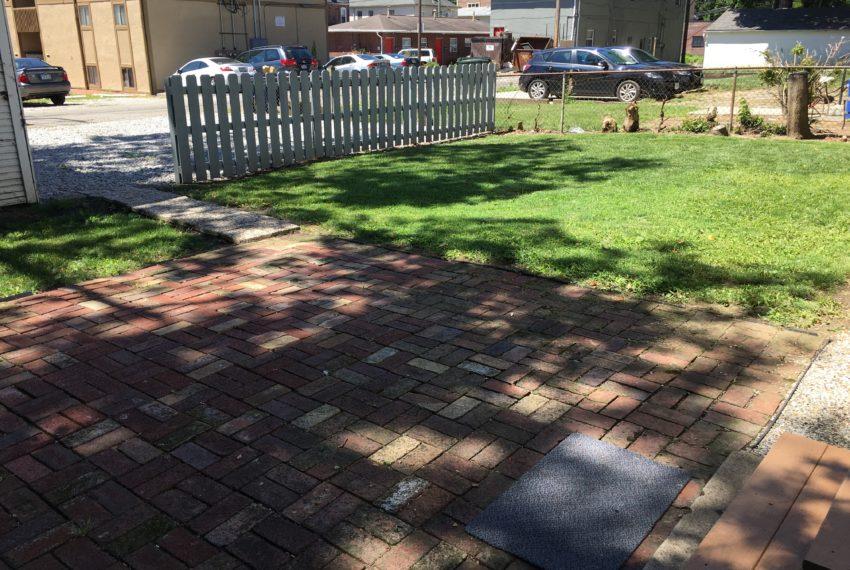 107 yard-patio